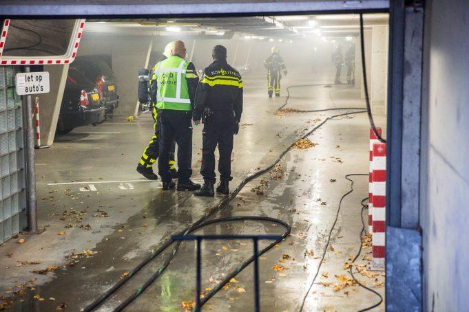 Brand in parkeerkelder van appartementencomplex in Roosendaal, man aangehouden