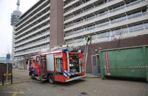 Brand op dak van verzorgingshuis De Brink in Roosendaal