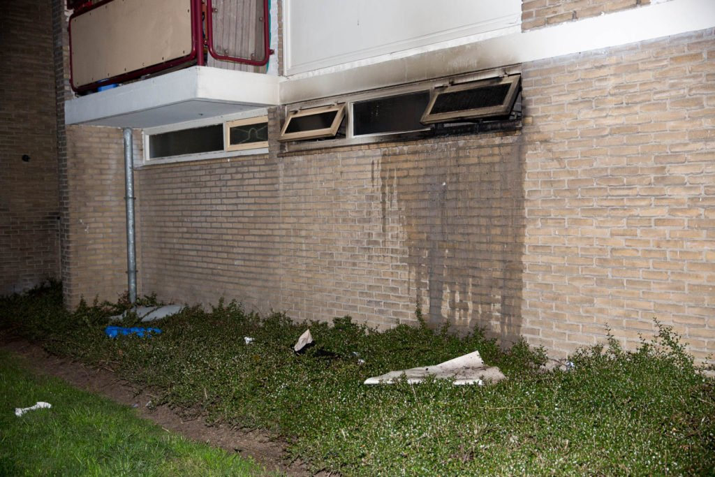 Vier mensen naar ziekenhuis na brand in Roosendaal
