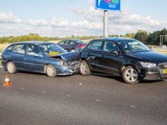 Twee auto's op elkaar gebotst op A58 bij Roosendaal