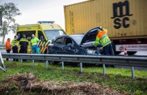 Automobiliste gewond bij eenzijdig ongeval op A58 bij Roosendaal