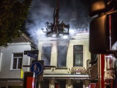 Grote brand in woning boven restaurant in Roosendaal