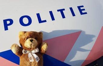 Automobilist wil er langs tijdens reanimatie in Roosendaal