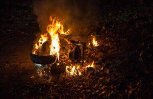 Gestolen scooter in brand gestoken in Roosendaal