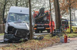 Vrouw (62) overlijdt na eenzijdig verkeersongeval taxi in Sprundel
