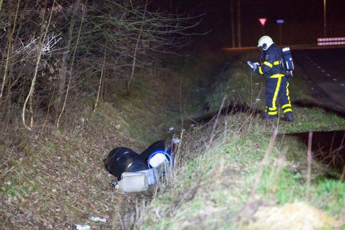 Gedumpte vaten aangetroffen aan Ettenseweg in Sprundel