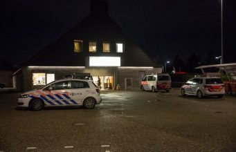 Man doet greep uit kassa bij Agrimarkt in Roosendaal