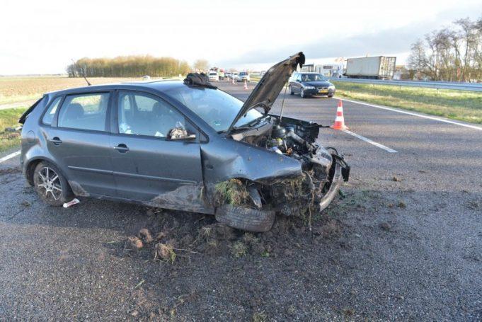 Politie zoekt auto betrokken bij verkeersongeval op A59 bij Fijnaart