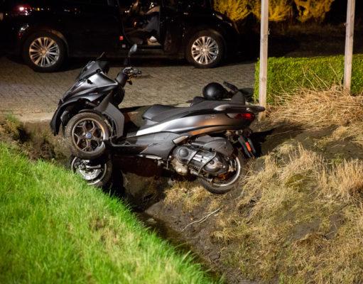 Gewonde bij eenzijdig ongeval met motor-driewieler in Wouwse Plantage