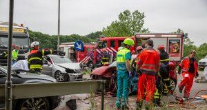 Twee gewonden bij ernstig ongeval op Plantagebaan bij afrit Wouwse Plantage
