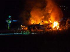 Twee auto's uitgebrand aan Scherpdeel in Roosendaal