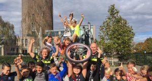 Dief van fietswiel dankzij zesde-groepers snel aangehouden in Zevenbergen