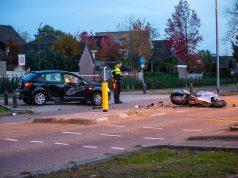 Motorrijder ernstig gewond na botsing met auto in Wouw