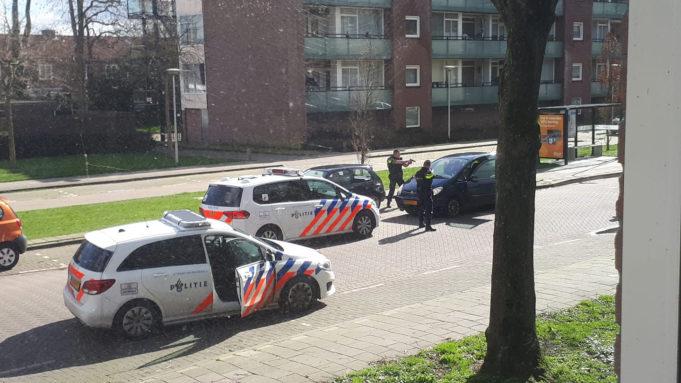 Drie aanhoudingen na mogelijke schoten vanuit een auto in Roosendaal
