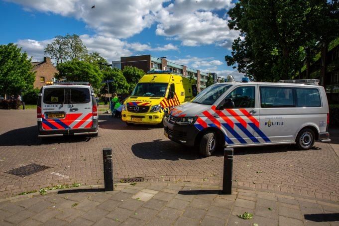 Doorrijder laat fietsster gewond achter op kruising in Roosendaal