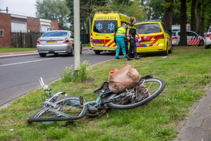 Fietser gewond na aanrijding met vrachtwagen
