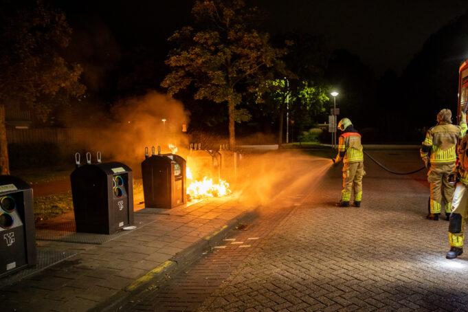 brand bij ondergrondse containers winkelcentrum Lindenburg